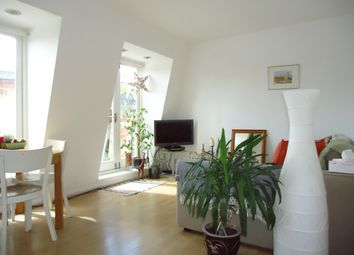 Thumbnail 1 bed flat for sale in Battersea Square, Nr Battersea Bridge & Park