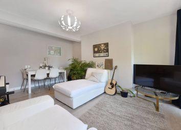 Linsey Street, Southwark, London SE16. 2 bed flat