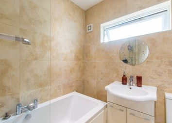 3 bed flat for sale in Springfield Road, New Southgate, London N11