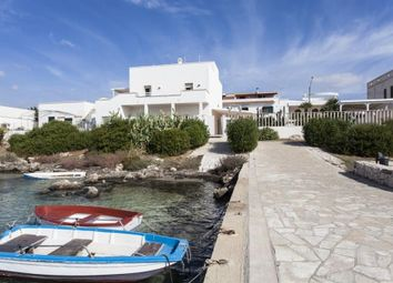 7 bed villa for sale in Porto Cesareo, Puglia, 73010, Italy