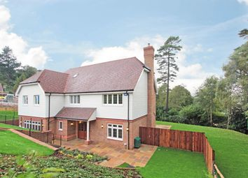 Thumbnail 6 bed detached house to rent in Gorsedene Close, Crowborough