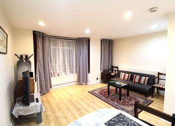 2 bed maisonette to rent in Stirling Road, Harrow / Harrow Weald HA3
