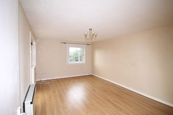 Thumbnail 2 bed maisonette to rent in Fettercairn Drive, Barnhill, Broughty Ferry, Dundee
