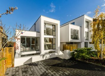 Thumbnail 4 bed property to rent in Canonbie Road, Honor Oak Park