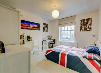Thumbnail 2 bed flat to rent in Ascalon Street, Battersea