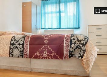 Thumbnail Room to rent in Tarling Street, London