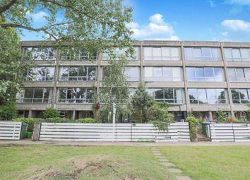 5 bed town house for sale in Vanbrugh Park, London SE3