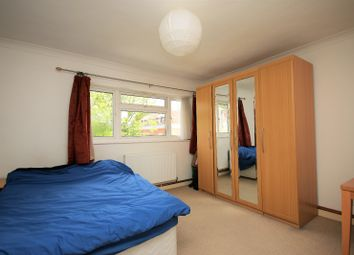 Thumbnail 2 bed flat to rent in Bounds Green Road, London, London