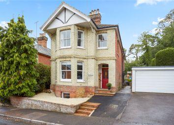 Dean Road, Godalming, Surrey GU7. 4 bed detached house
