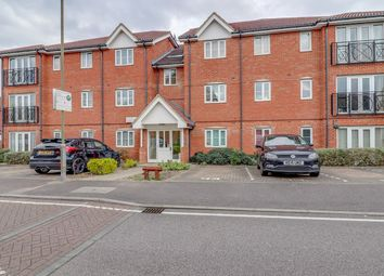 Thumbnail 2 bedroom flat for sale in Winnipeg Way, Broxbourne