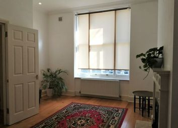Thumbnail 1 bed flat to rent in Kempsford Gardens, Earl Court