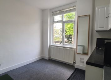 Thumbnail 1 bedroom flat to rent in Lascotts Road, Wood Green