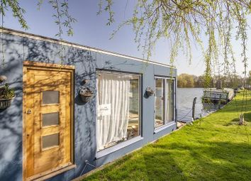 Thumbnail 1 bedroom houseboat for sale in Willows Riverside, Windsor