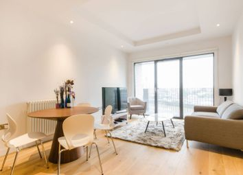 Thumbnail 1 bed flat to rent in Botanic Square, Docklands