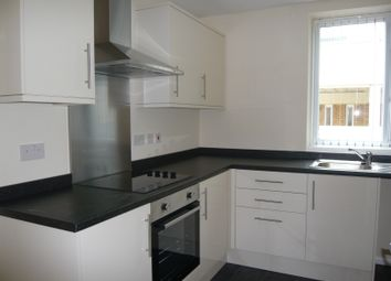 Thumbnail 3 bed flat to rent in Kingsgate, Town Centre, Doncaster