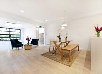 Thumbnail 3 bed mews house to rent in Cedars Mews, London