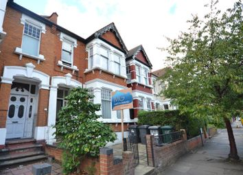 Thumbnail 1 bedroom flat to rent in Princes Avenue, Finchley Central
