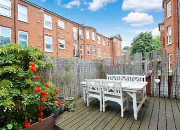 Thumbnail 2 bed flat to rent in Chilton Grove, London