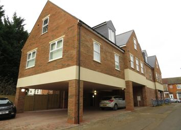 3 bed flat to rent in 27A Station Road, Desborough, Kettering NN14