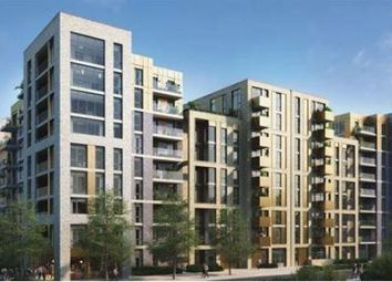 Thumbnail 1 bed flat to rent in Queenshurst Square, Kingston Upon Thames