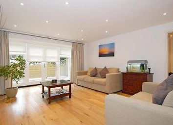 Thumbnail 2 bed flat to rent in Netherhall Gardens, Hampstead NW3,