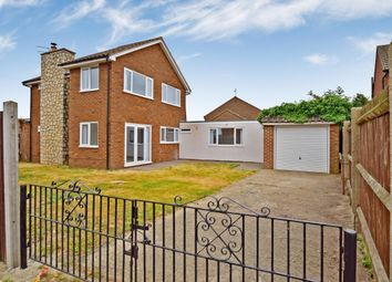 Thumbnail 4 bed detached house to rent in London Road, Sittingbourne