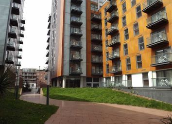 Thumbnail 1 bed flat to rent in Skyline 1, Manchester City Centre, Manchester