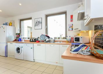 Thumbnail 2 bedroom flat for sale in Oak Square, Stockwell