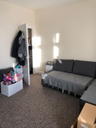 Thumbnail 2 bed flat to rent in Bond Road, Southampton