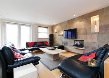 Thumbnail 2 bed flat to rent in Newton Street, Covent Garden, London