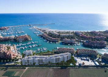 Thumbnail 2 bed apartment for sale in Spain, Andalucia, Sotogrande, Ww1050
