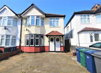 2 bed maisonette for sale in Fairfield Crescent, Edgware HA8