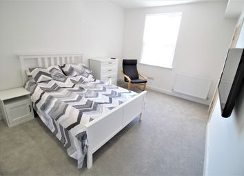 Thumbnail Room to rent in School Lane, Heaton Moor, Manchester