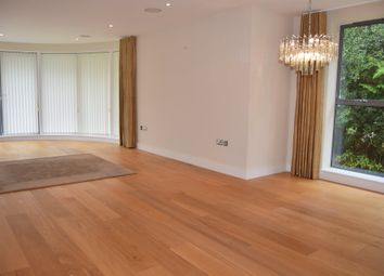 Thumbnail 3 bed flat to rent in Bingham Avenue, Canford Cliffs, Poole
