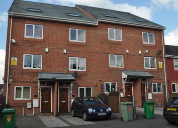 Thumbnail 6 bed shared accommodation to rent in Russell Road, Forest Fields, Nottingham