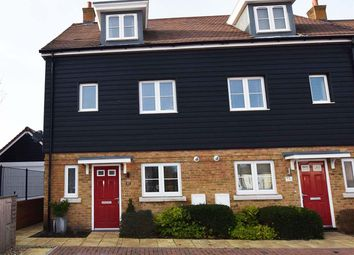4 bed semi-detached house for sale in Woods Edge, Rainham, Gillingham ME8