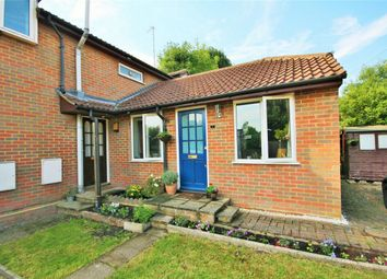 Thumbnail 1 bed flat to rent in Water Meadows, Frogmore, St Albans, Hertfordshire
