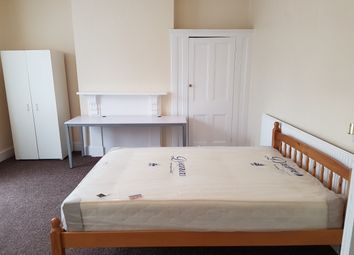 Thumbnail Room to rent in Langdon Park Road, London