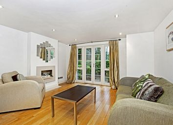 Thumbnail 2 bedroom flat to rent in Court Road, Maidenhead