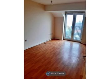 Thumbnail 2 bed flat to rent in High Street, Walsall