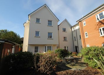 2 bed flat to rent in Mortimer Court, Culver Street West, Colchester, Essex CO1