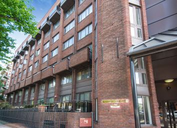 Thumbnail 2 bed flat for sale in Earls Court, London