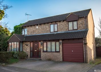 Thumbnail 4 bed detached house for sale in Tinwell Close, Reading