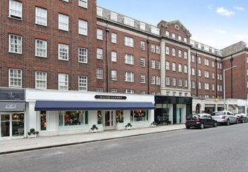 Thumbnail 1 bed flat to rent in Fulham Road, South Kensington, London