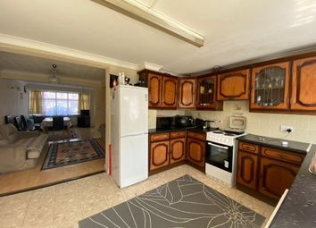 3 bed detached house to rent in Bedford Road, Edmonton N9