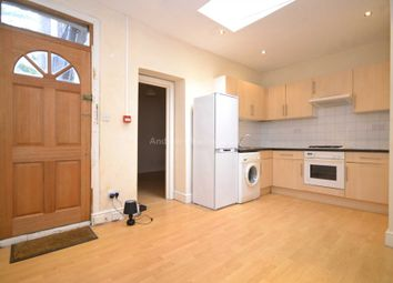 Thumbnail 2 bed property to rent in Brecknock Road, Tufnell Park