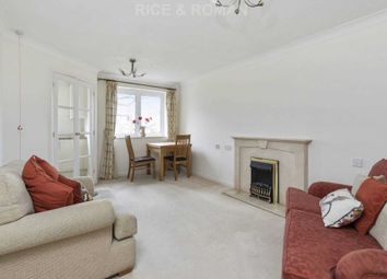 1 bed flat for sale in Royston Court, Hinchley Wood KT10