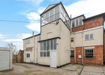 Thumbnail 3 bedroom flat for sale in Warborough, Wallingford
