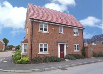 Thumbnail 3 bed detached house to rent in Aldermere Avenue, Cheshunt, Waltham Cross