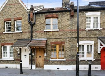 Thumbnail 2 bed flat to rent in Copperfield Street, London